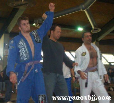 Brazilian Jiu-jitsu questions from White Belts   Chewjitsu